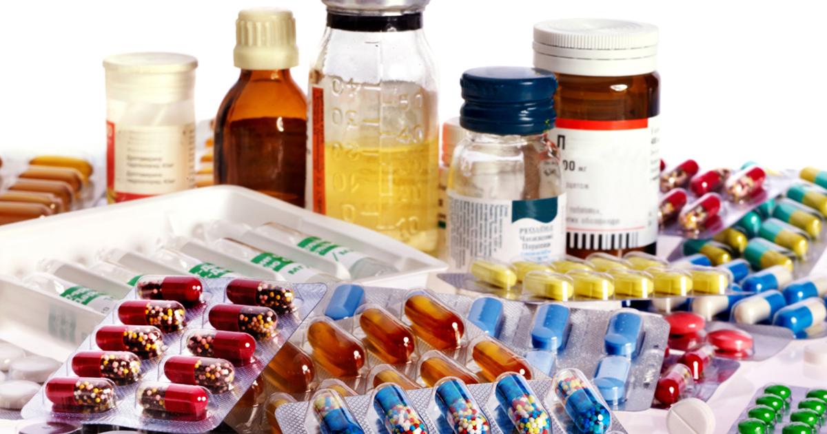 Confira os problemas que o excesso de medicamentos pode causar